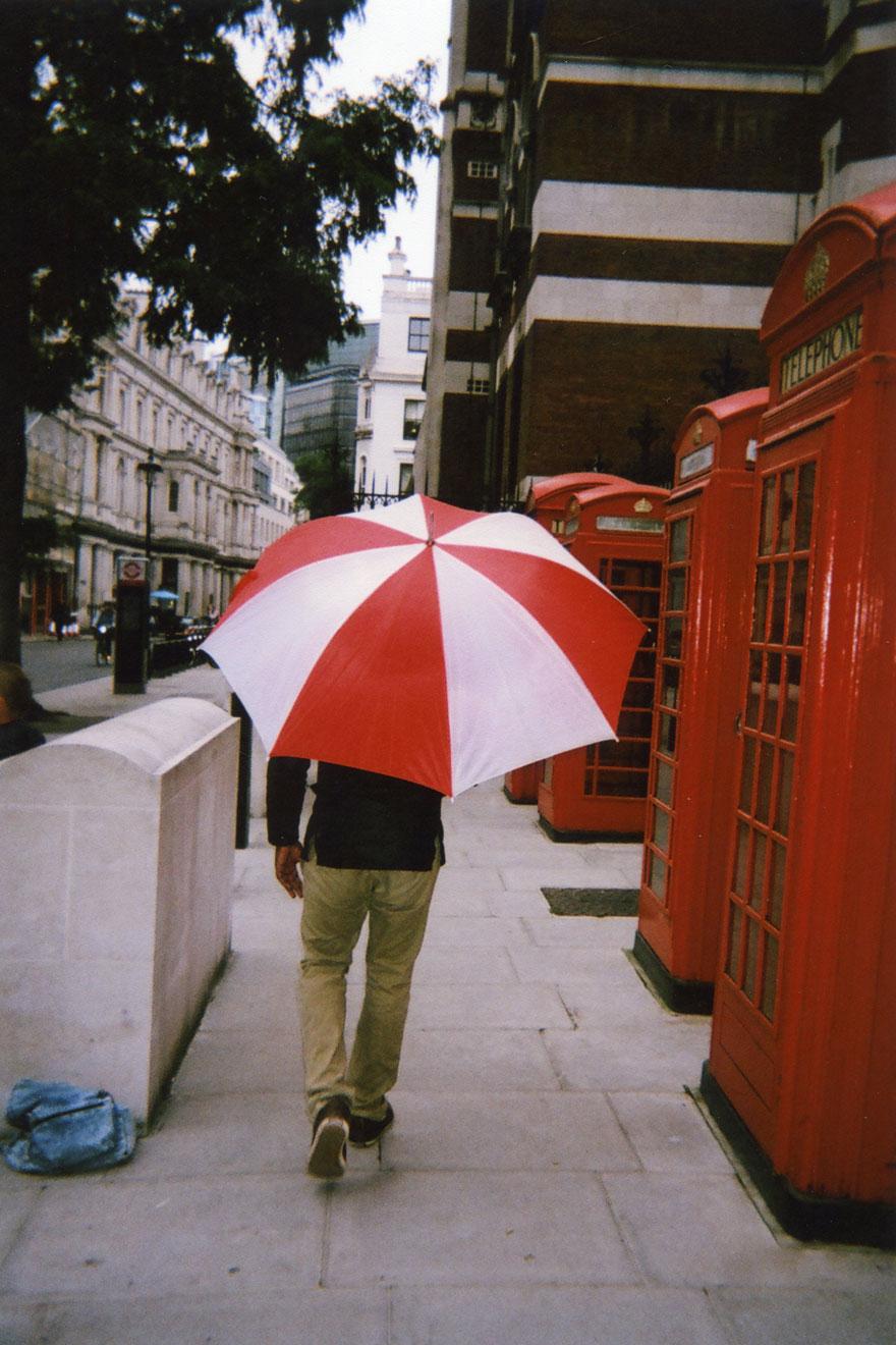 homeless-people-photography-2016-my-london-calendar-cafe-art-1