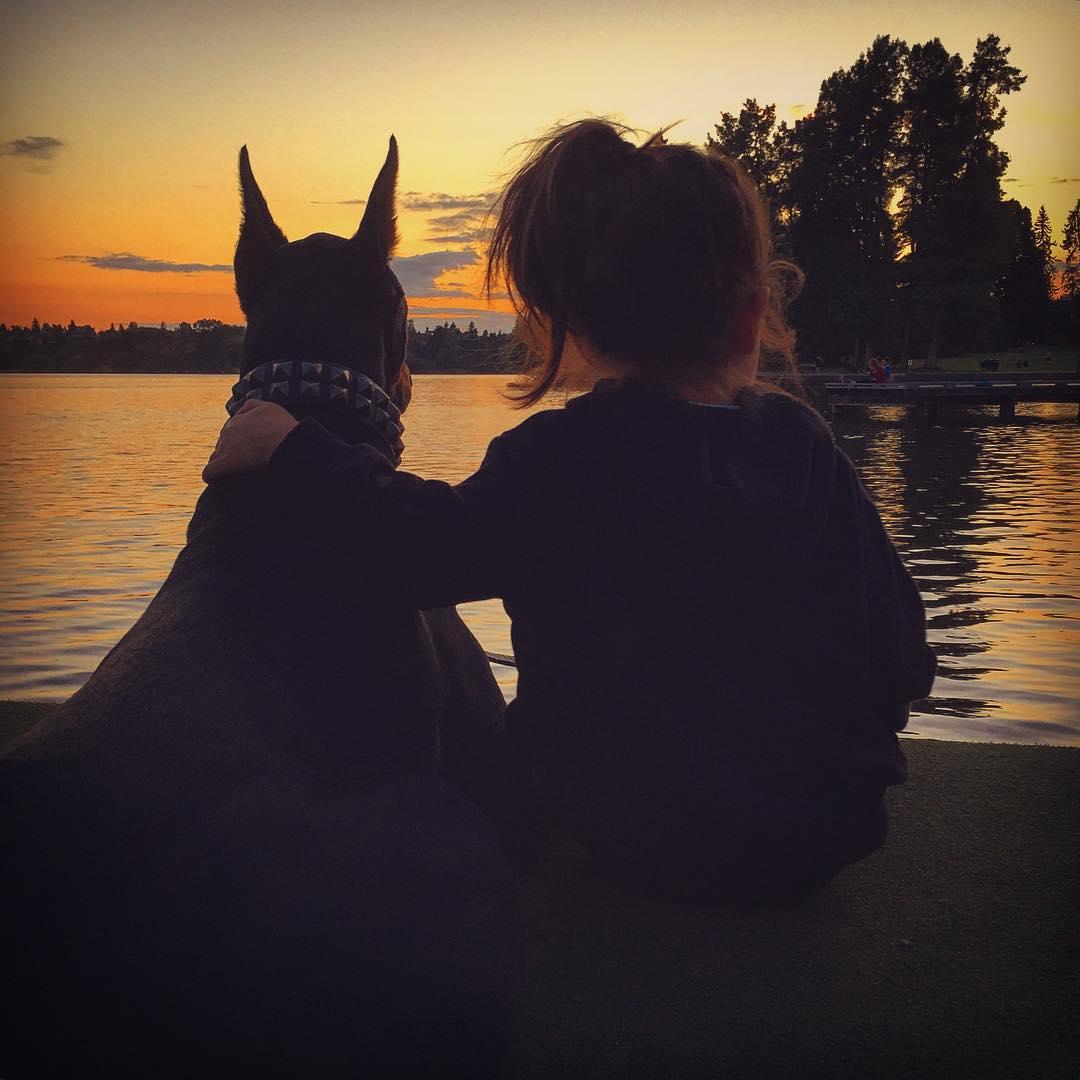 cutie-and-the-beast-dog-girl-seana-doberman-27