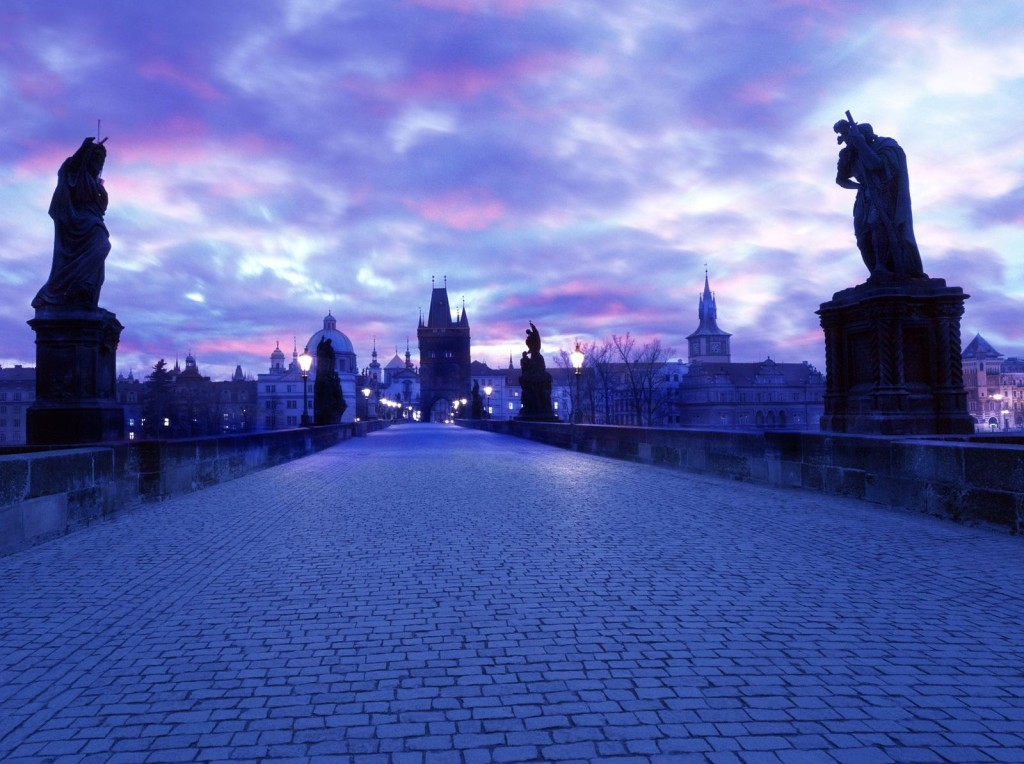 charles-bridge-at-dawn-prague-czech-republic
