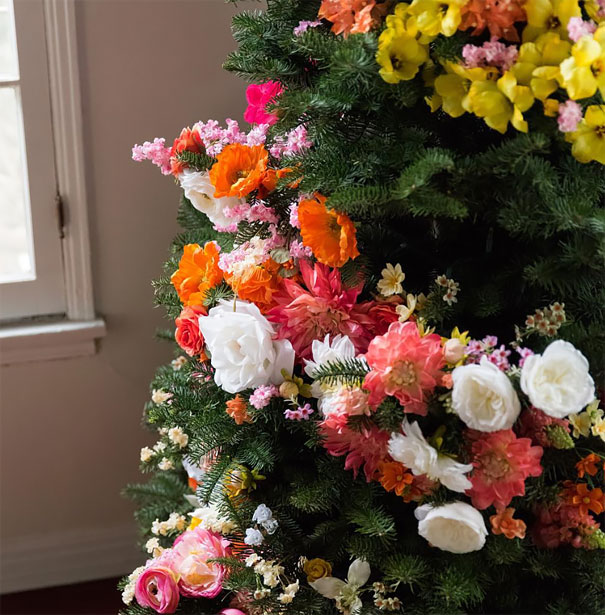 floral-christmas-tree-decorating-ideas-1-3