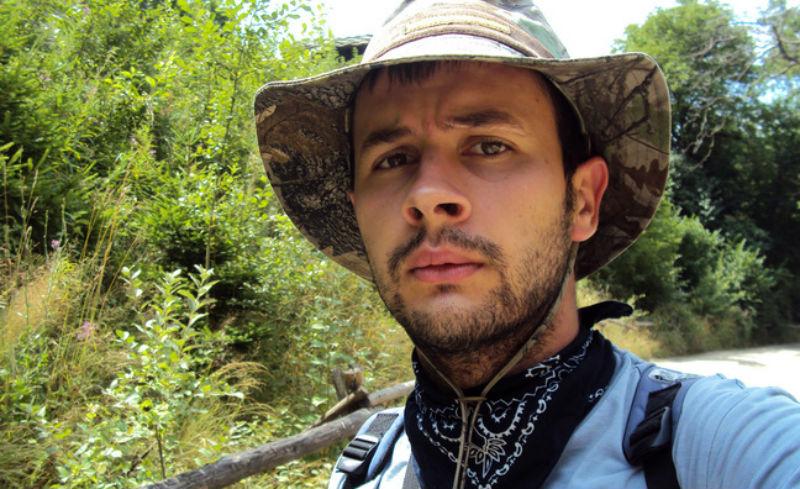 Алекс Караджов разказва за библиотеката си на колела, която ще пътува из България