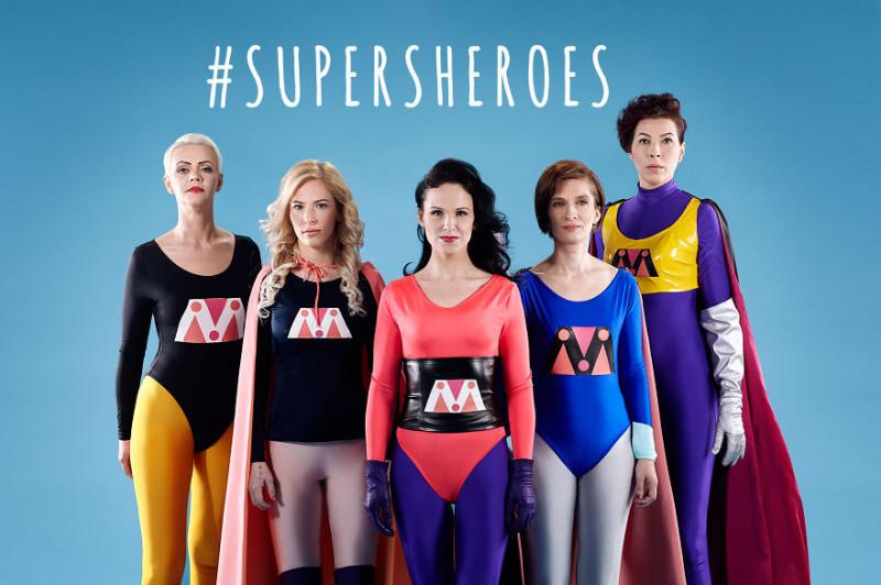 Жени, напуснали своите насилнически връзки, се превръщат в супергерои