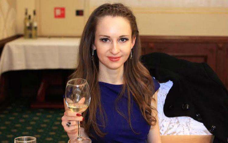 Деляна Стоянова: Спорт, кулинария, книги и високи токчета – да разбием стереотипа!