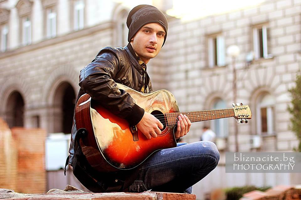 Кристиян Янкулов: Щастлив съм, че хората вече могат да ме опознаят през творчеството ми