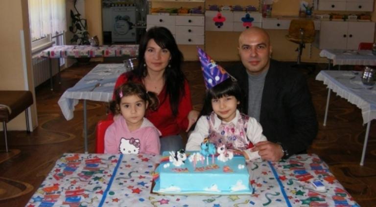 Да помогнем! Майка на три деца се бори за живота си