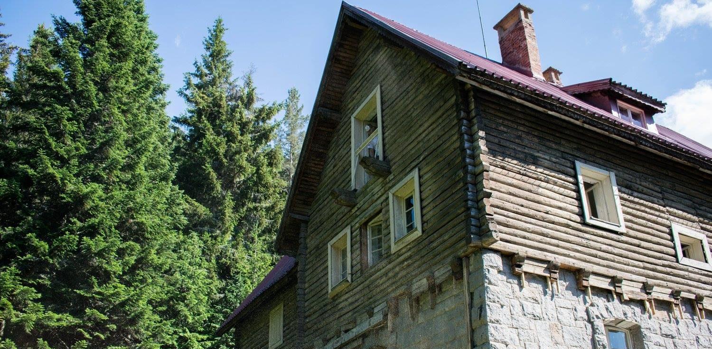Студенти по архитектура съживяват х. Боерица във Витоша