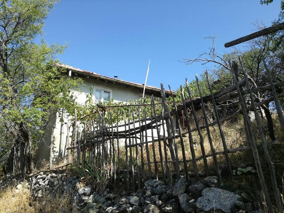 Гърбино – носталгия по забравеното село