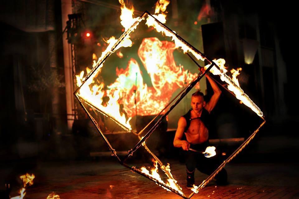 """Станете част от цирковата магия – запишете се в академията на """"Цирк Де Ла Люлин"""""""