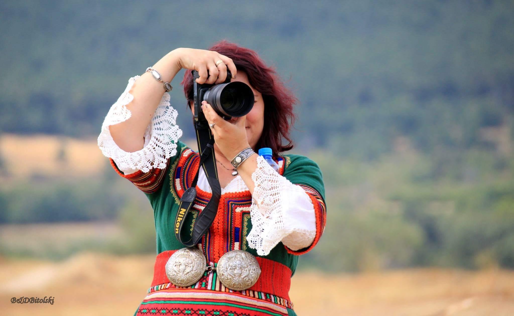 """Елена Тилова за """"Снимките на Ели"""" и магията на българските традиции"""