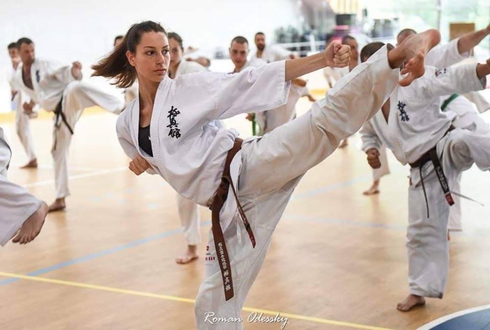 Валерия Лозанова – световен вицешампион по карате киокушин: Без воля в този спорт си загубен