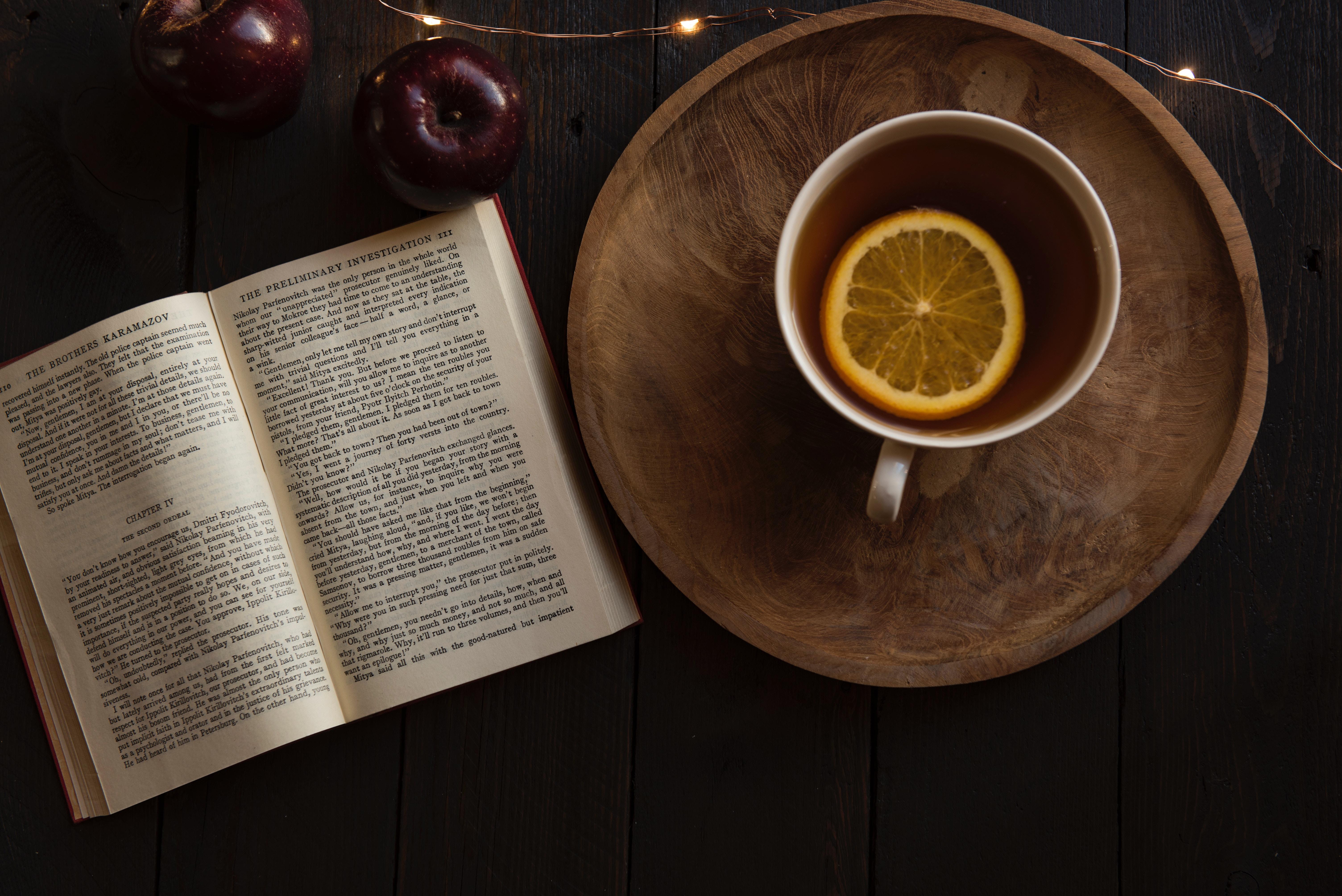 13 причини защо четенето е по-добро от среща с досадници