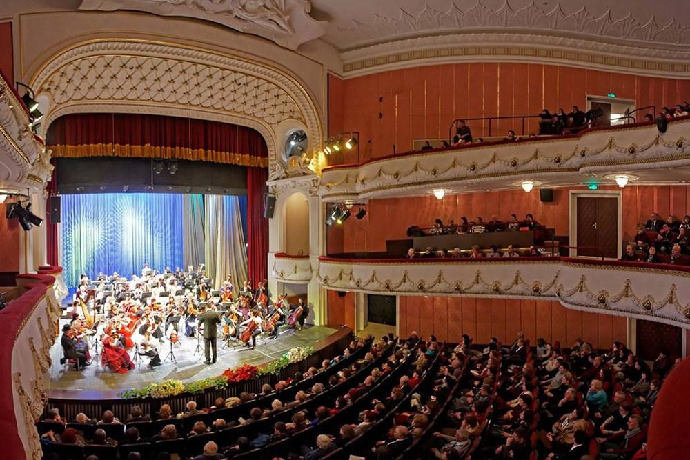 """Духът на Виена """"С музиката на Щраус"""" във Варненската опера"""