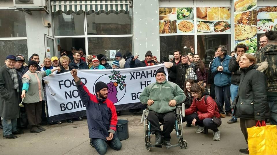 """""""Храна, не война – София"""" за солидарността, свободното споделяне и грижата"""