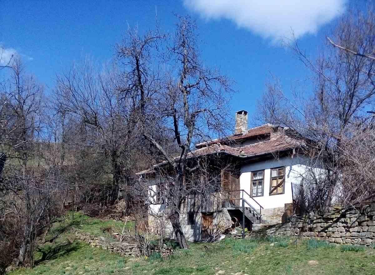 Село Качурите все още е там